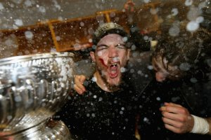 Let's all get matching Andrew Shaw victory scream tattoos, Chicago!